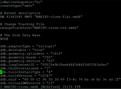 Editing the virtual disk descriptor file of a VM on an ESXi server.