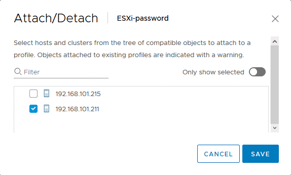 Selecting the ESXi host to change the ESXi password by using the host profile.