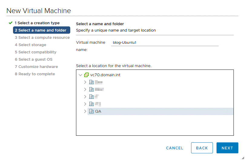 Selecting a name and folder for a new VM in VMware vSphere Client 7